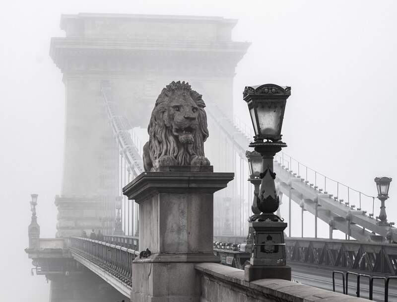 Visit Budapest monuments 4