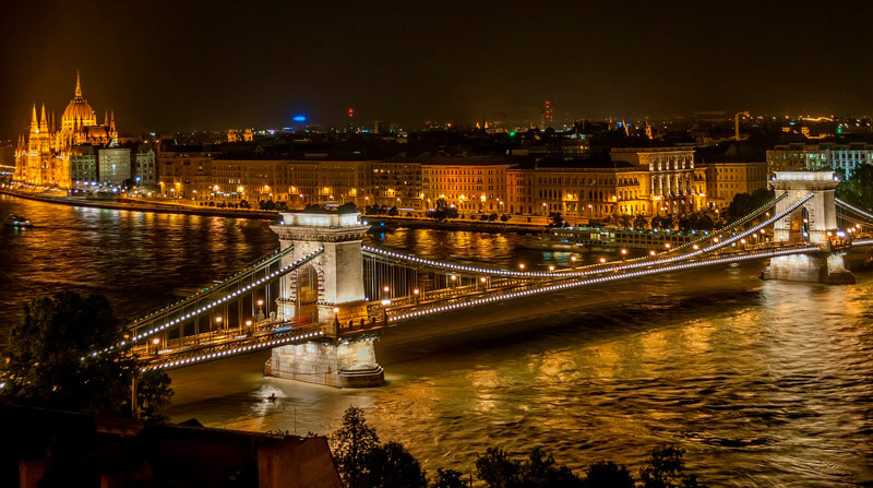 Night run Budapest