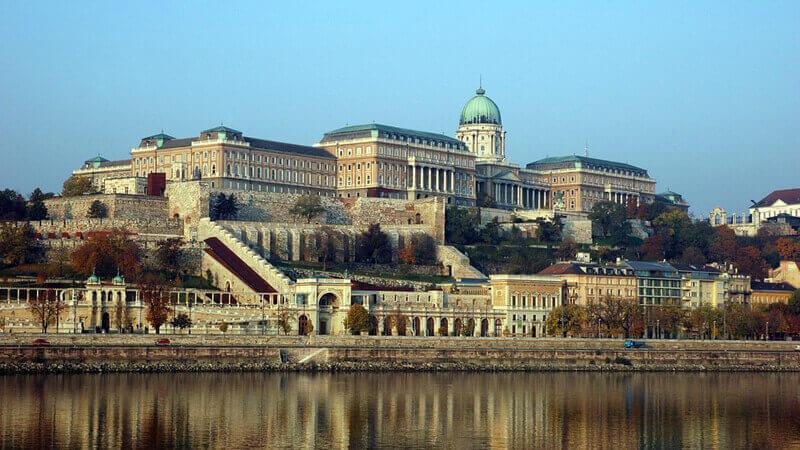 budapest-atractions-buda-castle
