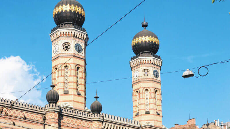 budapest-atractions-dohany-street-synagogue
