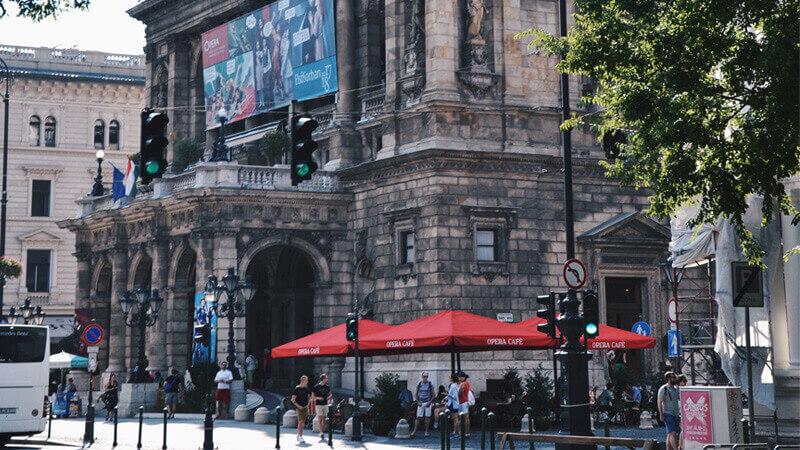 budapest-atractions-opera-house